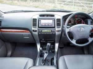 Toyota Land Cruiser Stereo