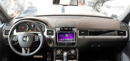 2011-2014 VW TOUAREG radio after installation