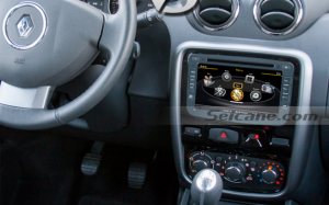 2010 2011 Renault Duster car radio after installation