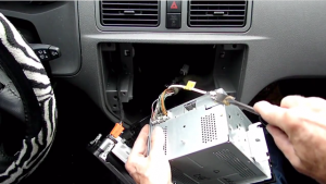 2004-2008 Ford focus Radio installation step 3
