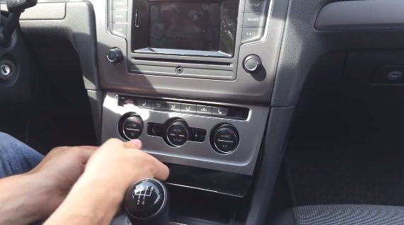 how to install 2013 vw golf 7 radio with dvd player canbus. Black Bedroom Furniture Sets. Home Design Ideas