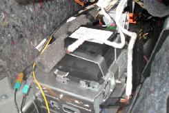 2001-2008 Mercedes-Benz G-Class W463 car stereo installation step 8