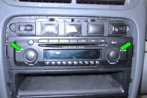 2003-2010 PORSCHE Cayenne head unit installation step 2
