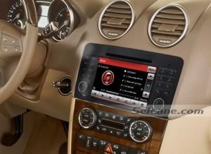 2006-2012 Mercedes-Benz R class W251 radio after installation