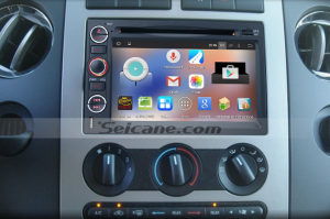 2007-2009 Mercury Mountaineer head unit after installation