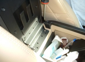 2007-2009 Mercury Mountaineer head unit installation step 2