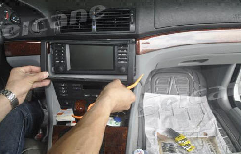 How to replace a 2002-2007 BMW X5 E53 M5 radio with Bluetooth 1080P ...