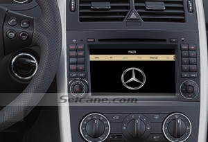 2006-2012 Mercedes Benz Viano Vito W639 radio after installation