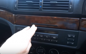 Push the panel so as to get access to the whole stereo